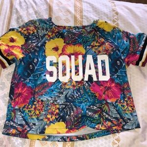 Squad crop top